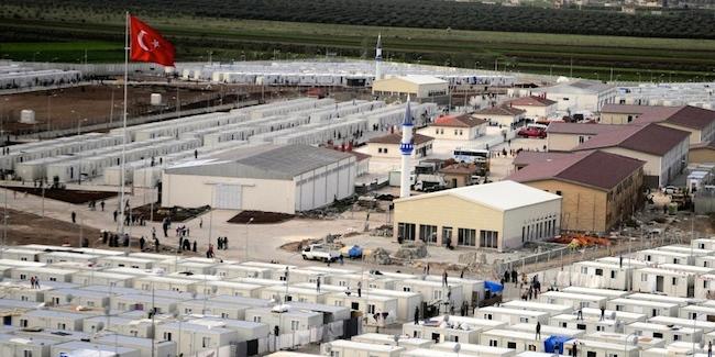 Szaúd Arábia által finanszírozott Török menekülttábor