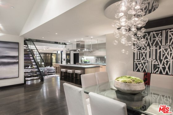calvin-harris-home-for-sale-in-los-angeles-dining-room