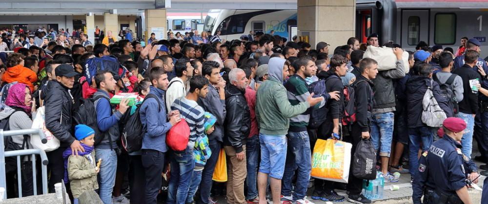 refugees-e1456369071375-1000x418