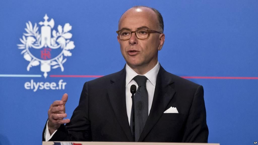 3155_french interior minister