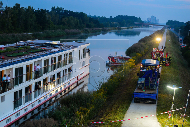 Two died as Hotel ship collided with a bridge
