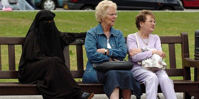 Burka (1)