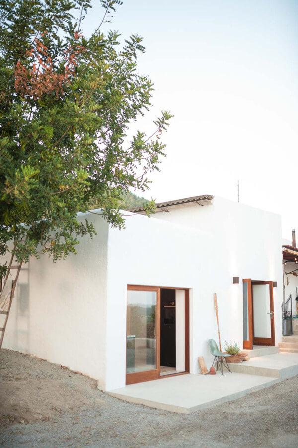 IBIZA-CAMPO-LOFT-Standard-Studio-Ibiza-Interiors-12-600x901