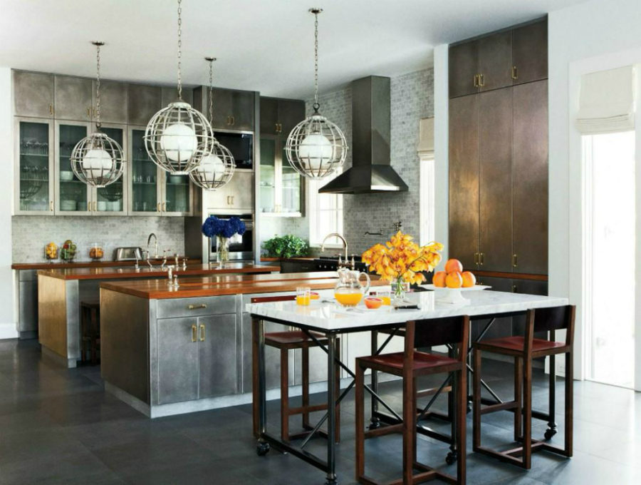 Industrial-chic-kitchen-decorated-for-fall-900x680