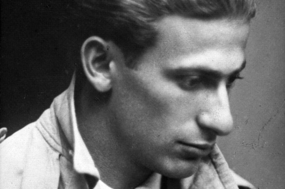 Radnoti_Miklos_(1930)_uj_fekvo_lead