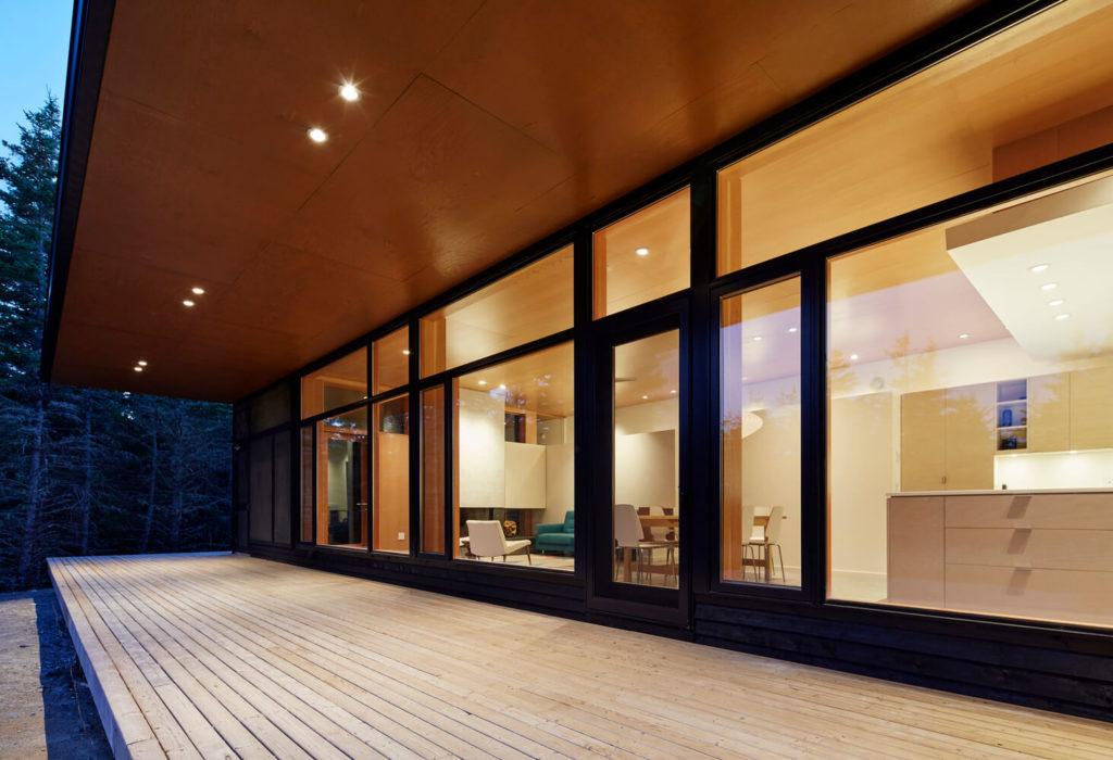 Roof-Overhang