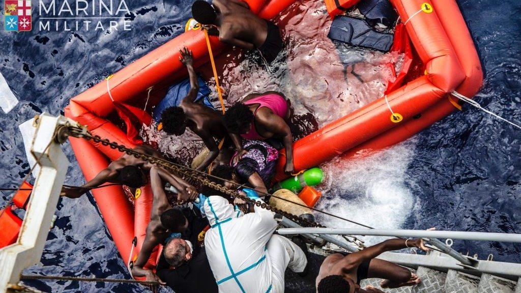 Italy-Migrants_Horo1-e1464524778663