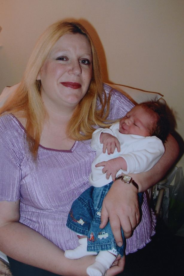 JK-PRESS-PIC-COLLECT-Carole-with-Baby-boy-number-nine-June-2004