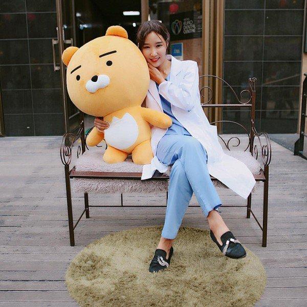 Lee-Su-Jin4-600x600