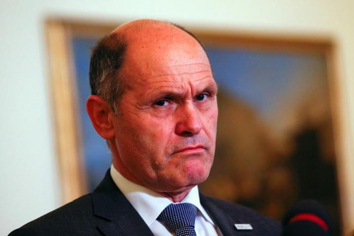 Már-az-osztrák-belügyminiszter-is-bezárná-a-szárnyas-kaput