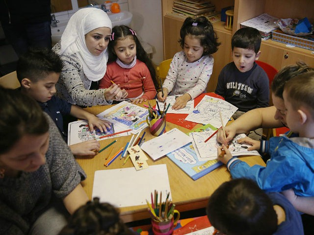 Reading-Initiative-For-Refugee-Children-Launch-640x480