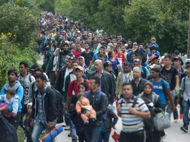 die_fluechtlingskrise_stellt_europa_auf_die_probe__foto__csaba_krizsan_archiv_dpa_pt_8